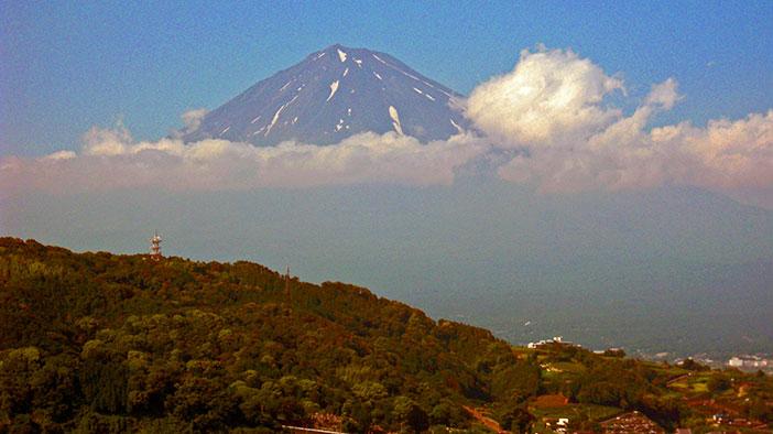 Carmelita got this glimpse of Mt. Fuji on the drive home