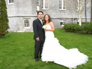 Ellen and Goeff Hongthong were married at Kinnitty Castle, County Offaly.