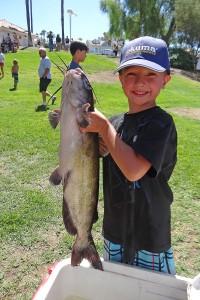 pic-kids-fish-derby-boy-w-fish-47