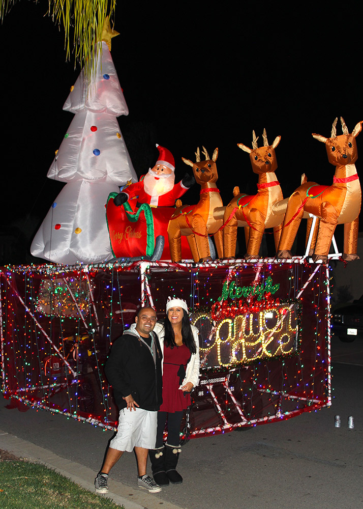 Golf Cart Christmas Decorations.Residents Invited To Decorate Golf Cart Join Parade The