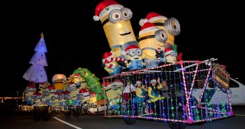 Community gathers for annual Golf Cart Parade